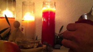 Самостоятельный приворот на красной свече