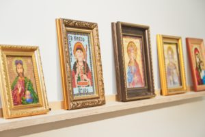 Какую православную икону подарить ребенку