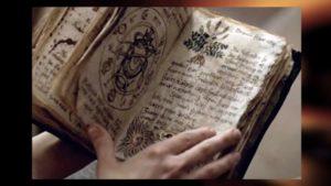 Очень древняя книга заклинаний черной магии