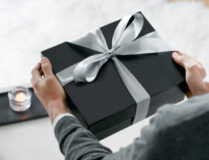 Подарок для 20 летнего парня должен быть стильным