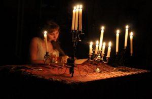 Любовный приворот на свечах