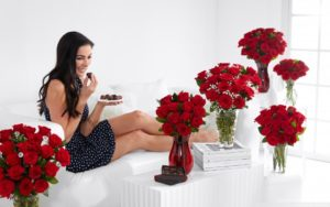 Какие цветы розы лучше подарить своей девушке