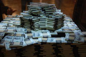 Как можно заработать большие деньги в России